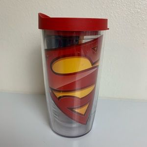 Superman 16 Ounce Tervis Tumblr Red Cover